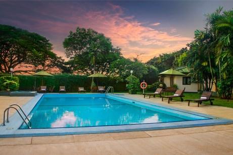 Pool at Ramada Hotel Katunayake Sri Lanka