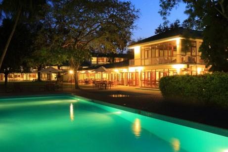 The Lake Side Hotel Nuwara Wewa
